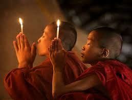 Niños monjes